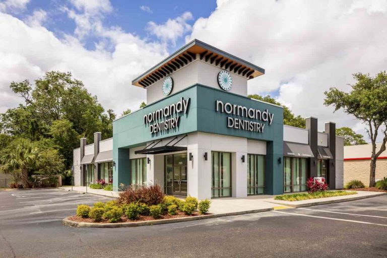 The exterior of Normandy Dentistry in Jacksonville, Florida